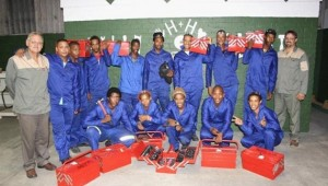 Hands_and_Heart_2014_students_with_toolboxes